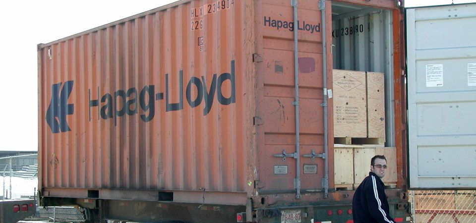 loading an international shipping container